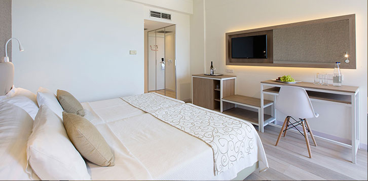 Cyprus Hotels Luxury Rooms